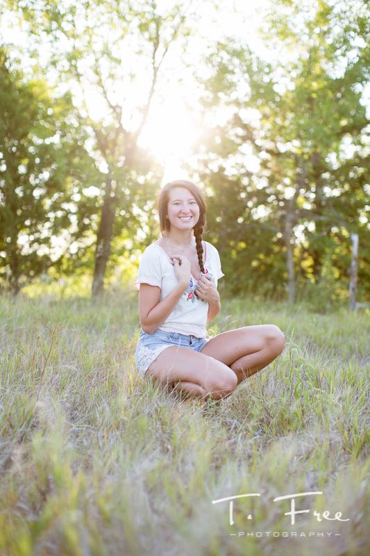 Brooke  millard north outdoor senior photographer  T