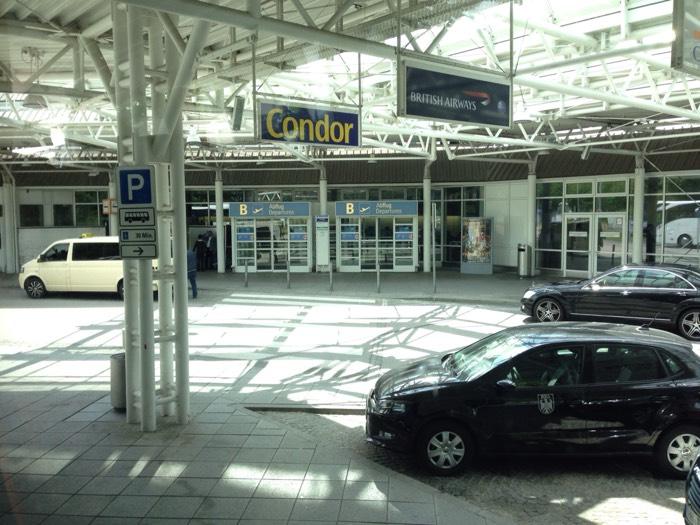 ミュンヘン空港。いい感じの写真が撮れました!
