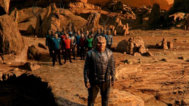 Scott Grimes, Penny Johnson Jerald, Seth MacFarlane, Peter Macon, Chris Johnson, Adrianne Palicki, J. Lee, Mark Jackson, and Halston Sage in The Orville (2019)