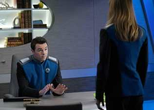 Seth MacFarlane and Adrianne Palicki in The Orville (2019)