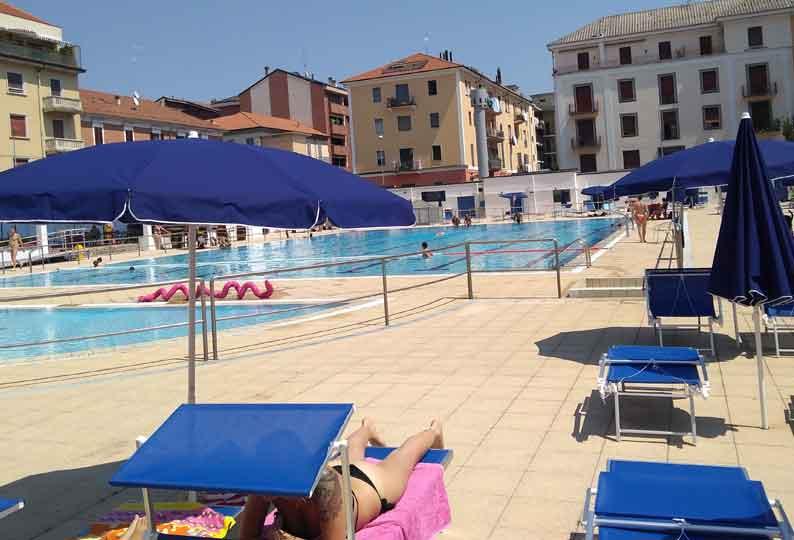 Settembre nuovi orari e prezzi per la piscina di via Solferino  TG Novara
