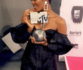Tiwa Savage Defeats Davido, Becomes First Female Artiste to Win 'Best African Act'