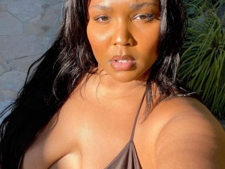american-singer-lizzo-flaunts-her-plus-size-body-in-new-bikini-photos-tgtrends_com_ng
