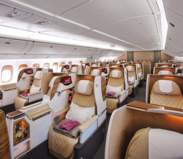 b777 business class 2-2-2 configuration seats892498898..jpg