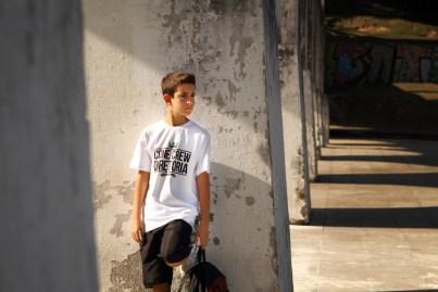 imagem menino com mochila na Lapa