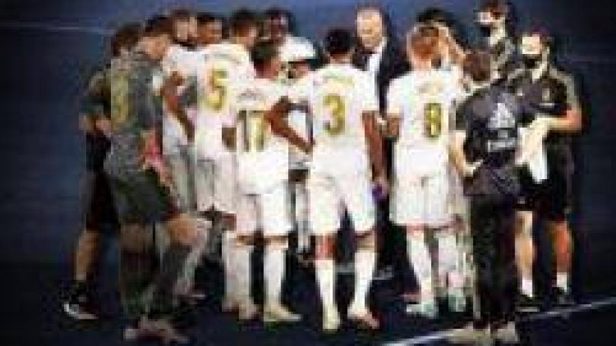 """وصايا """"زيدان"""" للاعبي """"ريال مدريد"""" من أجل الإنتصار على """"سيتي""""."""