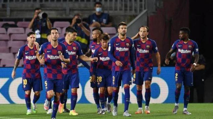 دفاع برشلونة .. طريقة الدفاع .. والاسماء الدفاعية