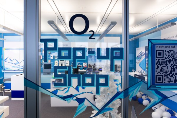 menswear-fashion-lifestyle-o2-facebook-pop-up-store-02