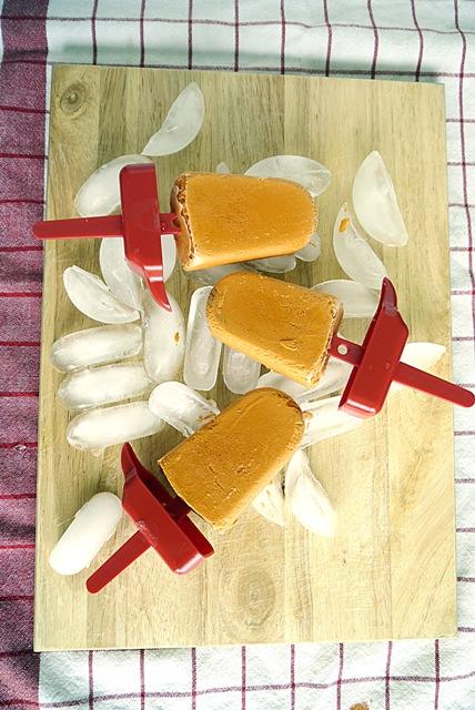 Thai Milk Tea Popsicles-Cha Yen Popsicles
