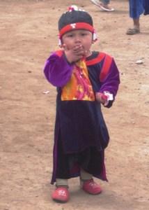 Lisor-Kind am Aussichtspunkt zwischen Pai und Pangmapha