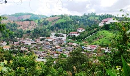 """Stadtkern der chinesischen """"Tee-Stadt"""" Ban Doi Wawee, Nordthailand"""