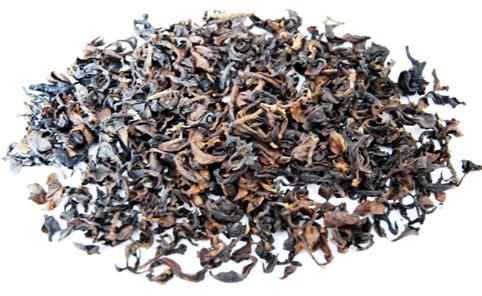 Doi Mae Salong Shi Er Schwarzer Tee, Blätter