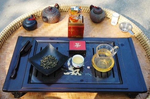Si Ji Chun Four Seasons Oolong Tee im Gong Fu Cha Stil zubereitet