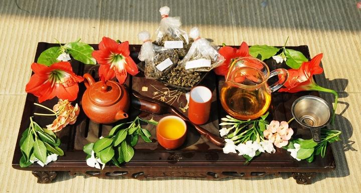 Verkostung der Tee-Frühlingsernte aus Doi Mae Salong 2014