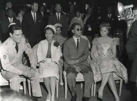 Tot königin sirikit Thailänder sind