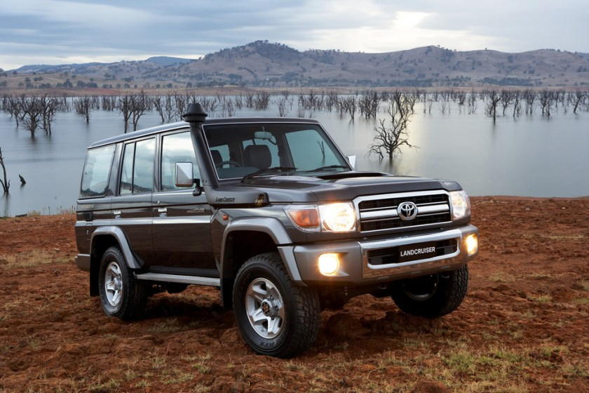 toyota series land cruiser landcruiser wagon gxl