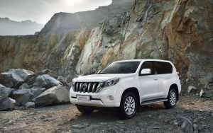 2014_toyota_land_cruiser_mountain2