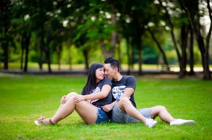 Engagement session of Maidoua and G at Rod Fai Park Bangkok Thailand