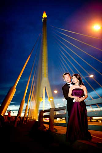Pre-wedding pictures taken on Rama VIII suspension bridge in Bangkok, Thailand.