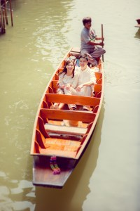 Pre-Wedding at Floating Market | Thailand Wedding Photography