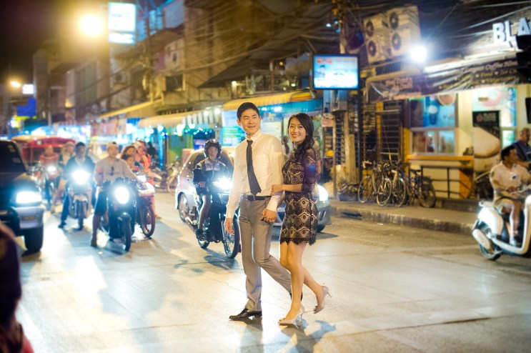 Ya-Win and Ray's City Wall pre-wedding (prenuptial, engagement session) in Chiang Mai, Thailand. City Wall_Chiang Mai_wedding_photographer_Ya-Win and Ray_0297.TIF