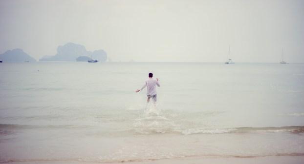 Tarinee and Dyson's Railay Beach pre-wedding (prenuptial, engagement session) in Krabi, Thailand. Railay Beach_Krabi_wedding_photographer_Tarinee and Dyson_1881.TIF
