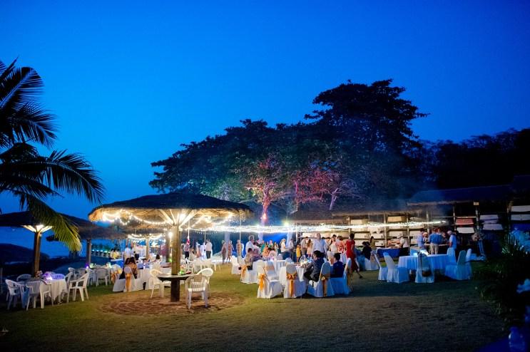 Raagini and Jeremy's Royal Varuna Yacht Club wedding in Pattaya, Thailand. Royal Varuna Yacht Club_Pattaya_wedding_photographer_Raagini and Jeremy_0642.TIF