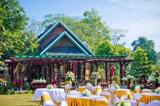 Ayano and Thavisouk's Sinouk Coffee Resort wedding in Bolaven Plateau - Champasak Province, Thailand. Sinouk Coffee Resort_Bolaven Plateau - Champasak Province_wedding_photographer_Ayano and Thavisouk_1047.TIF