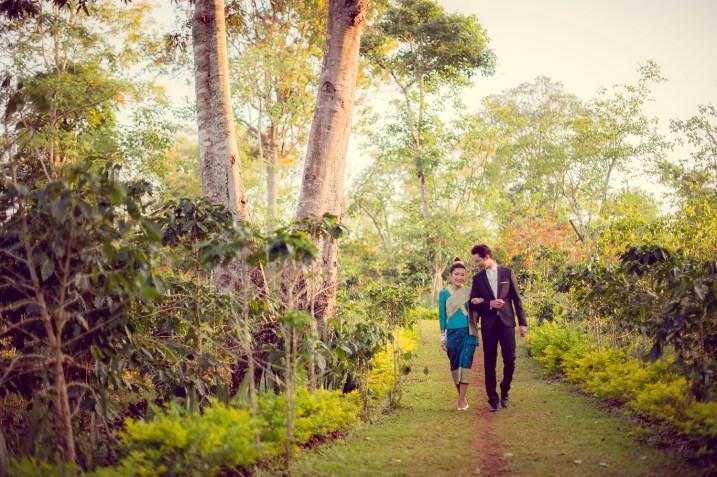 Ayano and Thavisouk's Sinouk Coffee Resort wedding in Bolaven Plateau - Champasak Province, Thailand. Sinouk Coffee Resort_Bolaven Plateau - Champasak Province_wedding_photographer_Ayano and Thavisouk_1150.TIF