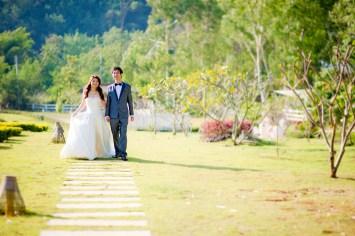 Yuen and Chan's The Buda Muaklek Resort pre-wedding (prenuptial, engagement session) in Saraburi, Thailand. The Buda Muaklek Resort_Saraburi_wedding_photographer_Yuen and Chan_1984.TIF