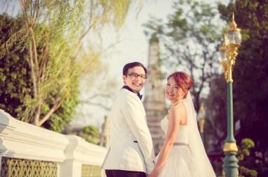 Loh and Jason's Wat Arun pre-wedding (prenuptial, engagement session) in Bangkok, Thailand. Wat Arun_Bangkok_wedding_photographer_Loh and Jason_1815.TIF
