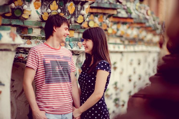 Tatiana and Alex's Wat Arun pre-wedding (prenuptial, engagement session) in Bangkok, Thailand. Wat Arun_Bangkok_wedding_photographer__1360.TIF