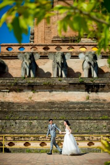 Ya-Win and Ray's Wat Chedi Luang Worawihan pre-wedding (prenuptial, engagement session) in Chiang Mai, Thailand. Wat Chedi Luang Worawihan_Chiang Mai_wedding_photographer_Ya-Win and Ray_0281.TIF