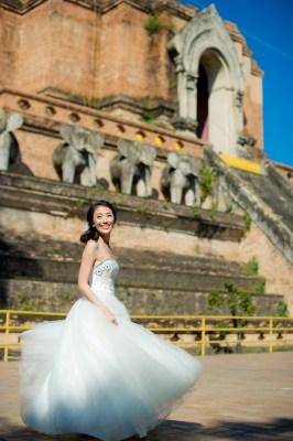 Ya-Win and Ray's Wat Chedi Luang Worawihan pre-wedding (prenuptial, engagement session) in Chiang Mai, Thailand. Wat Chedi Luang Worawihan_Chiang Mai_wedding_photographer_Ya-Win and Ray_0282.TIF