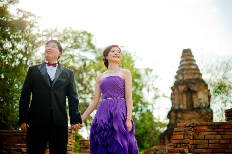 Karen and Billy's Wiang Kum Kam pre-wedding (prenuptial, engagement session) in Chiang Mai, Thailand. Wiang Kum Kam_Chiang Mai_wedding_photographer_Karen and Billy_2229.TIF