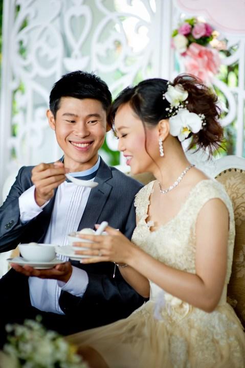 Oratai and Sophon's Anantara Riverside Bangkok Resort wedding in Bangkok, Thailand. Anantara Riverside Bangkok Resort_Bangkok_wedding_photographer_Oratai and Sophon_30.TIF