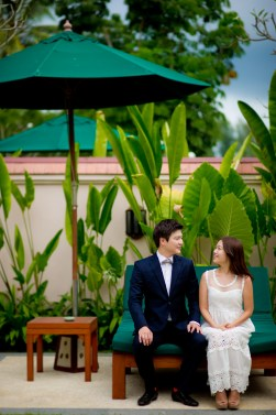Rachel and Michael's Banyan Tree Phuket pre-wedding (prenuptial, engagement session) in Phuket, Thailand. Banyan Tree Phuket_Phuket_wedding_photographer_Rachel and Michael_30.TIF