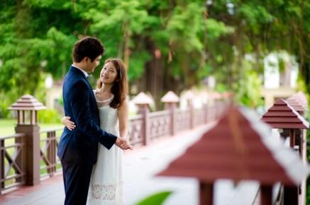 Rachel and Michael's Banyan Tree Phuket pre-wedding (prenuptial, engagement session) in Phuket, Thailand. Banyan Tree Phuket_Phuket_wedding_photographer_Rachel and Michael_35.TIF