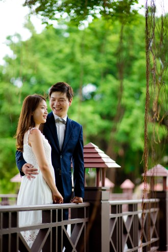 Rachel and Michael's Banyan Tree Phuket pre-wedding (prenuptial, engagement session) in Phuket, Thailand. Banyan Tree Phuket_Phuket_wedding_photographer_Rachel and Michael_36.TIF