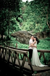 Mini and Treey's Huay Keaw Waterfall pre-wedding (prenuptial, engagement session) in Chiang Mai, Thailand. Huay Keaw Waterfall_Chiang Mai_wedding_photographer_Minin and Treey_01.TIF