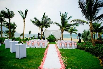 Berry and Tan's InterContinental Danang Sun Peninsula Resort wedding in Danang City, Thailand. InterContinental Danang Sun Peninsula Resort_Danang City_wedding_photographer_Berry and Tan_051.TIF