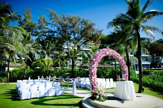 Elerin and Brian's Katathani Phuket Beach Resort destination wedding in Phuket, Thailand. Katathani Phuket Beach Resort_Phuket_wedding_photographer_Elerin and Brian_22.JPG