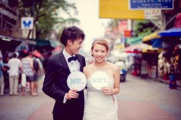 Shan and Net's Khao San Road pre-wedding (prenuptial, engagement session) in Bangkok, Thailand. Khao San Road_Bangkok_wedding_photographer_Shan and Net_217.TIF