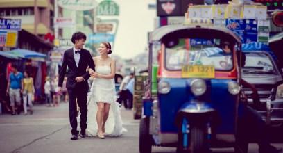 Shan and Net's Khao San Road pre-wedding (prenuptial, engagement session) in Bangkok, Thailand. Khao San Road_Bangkok_wedding_photographer_Shan and Net_220.TIF