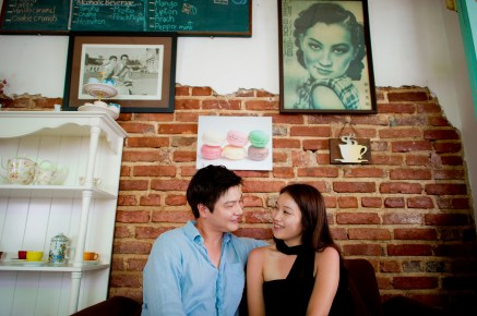 Rachel and Michael's Phuket Town pre-wedding (prenuptial, engagement session) in Phuket, Thailand. Phuket Town_Phuket_wedding_photographer_Rachel and Michael_49.TIF