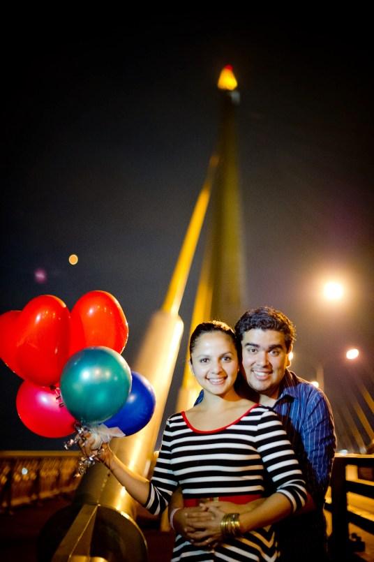 Rosalba and Jorge's Rama VIII Bridge pre-wedding (prenuptial, engagement session) in Bangkok, Thailand. Rama VIII Bridge_Bangkok_wedding_photographer_Rosalba and Jorge_182.TIF