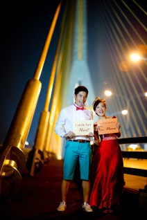 Stephanie and Kelvin's Rama VIII Bridge pre-wedding (prenuptial, engagement session) in Bangkok, Thailand. Rama VIII Bridge_Bangkok_wedding_photographer_Stephanie and Kelvin_24.JPG