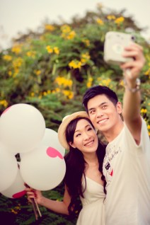 Stephanie and Kelvin's Rod Fai Park pre-wedding (prenuptial, engagement session) in Bangkok, Thailand. Rod Fai Park_Bangkok_wedding_photographer_Stephanie and Kelvin_08.JPG