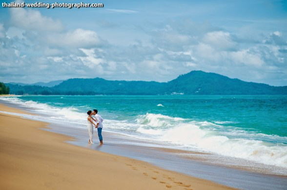 Jessica and Farren's SALA Phuket Resort and Spa pre-wedding (prenuptial, engagement session) in Phuket, Thailand. SALA Phuket Resort and Spa_Phuket_wedding_photographer_Jessica and Farren_49.JPG