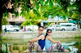 Kuma and Novia's Tha Phae Gate pre-wedding (prenuptial, engagement session) in Chiang Mai, Thailand. Tha Phae Gate_Chiang Mai_wedding_photographer_Kuma and Novia_21.JPG